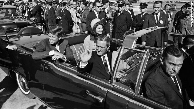 Dernière image du président John F. Kennedy le jour de son assassinat à Dealey Plaza (Dallas, EU) le 22 novembre 1963.