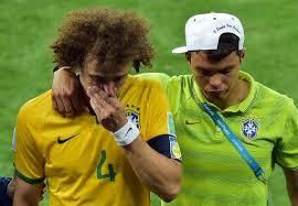David Luiz consolé par Thiago Silva